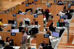 Los funcionarios perderán poder adquisitivo por primera vez en ocho años por la subida de precios