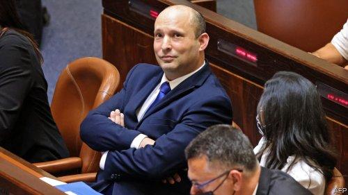 Naftali Bennett pushes Binyamin Netanyahu out of power in Israel