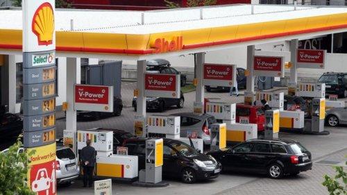 Benzin amtlich doppelt so teuer wie Ladestrom