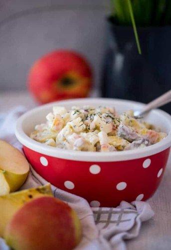 Matjes-Kartoffelsalat nach Hausfrauenart