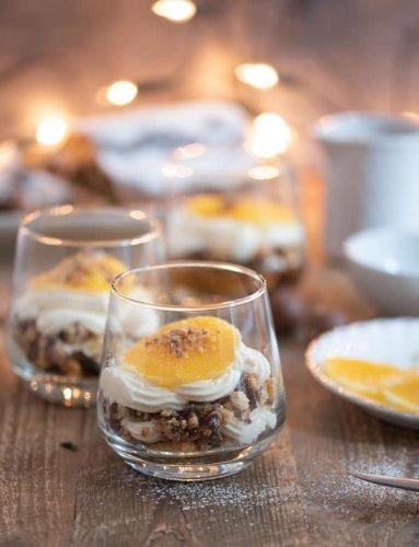 Fixes Stollen-Schichtdessert mit Espresso und Orangen