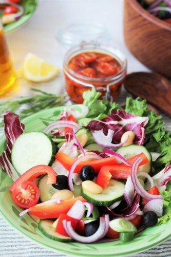 Mediterraner-Sommer-Salat