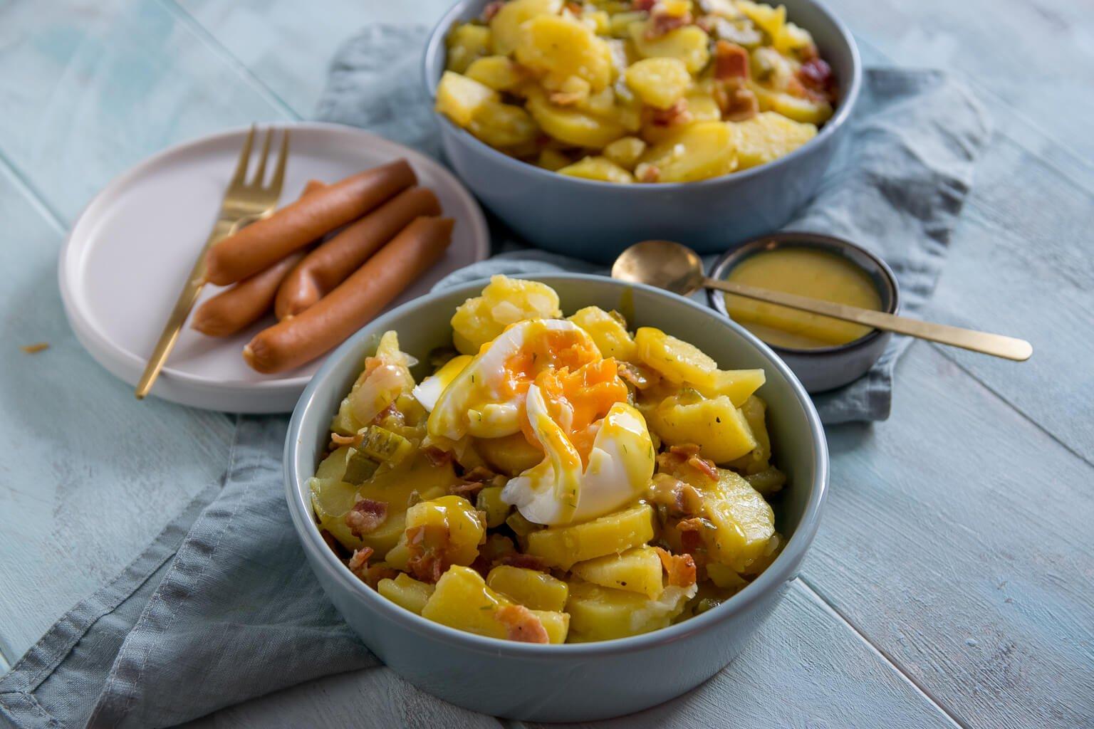 Einfacher Kartoffelsalat mit Röstzwiebeln & Honig Senf Sauce