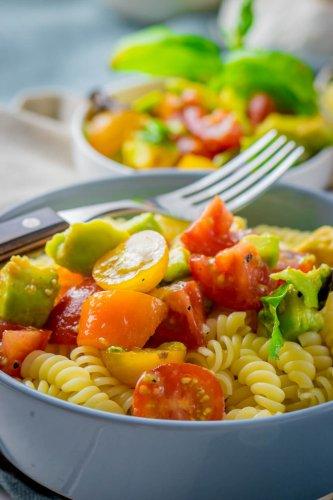 Avocado Tomaten Pasta