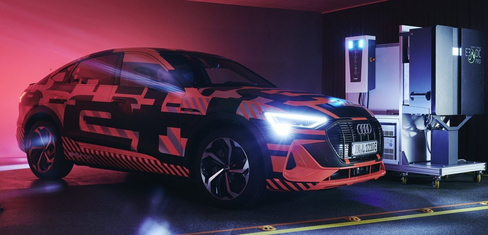 Audi tests new bi-directional charging for electric cars to store solar energy - Electrek