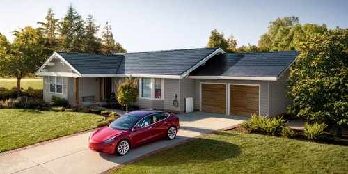 Tesla signs breakthrough deal to deploy solar roofs and Powerwalls on 'large scale' in the new community