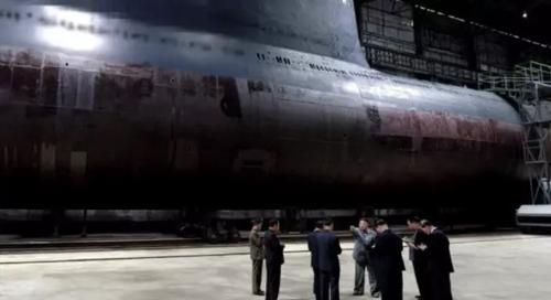 Corea del Norte ultima el estreno de un nuevo submarino capacitado para lanzar misiles balísticos