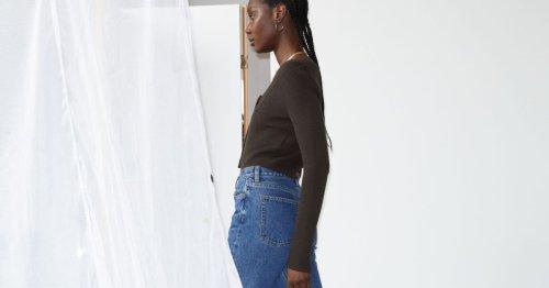 Modetrend: Im Sommer 2021 tragen wir nur noch diese eine coole Jeans!
