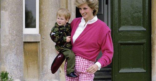 Was Prinzessin Diana damals trug, lieben wir heute noch: 4 wichtige Sommer-Modetrends von Kleid bis Bikini
