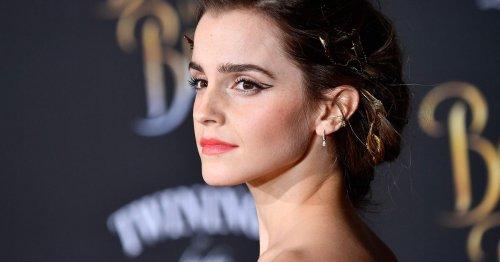Emma Watson liebt diesen Schuh-Trend! Ihre schlichten Sneaker sind der sichere Modetrend für jedes Sommer-Outfit