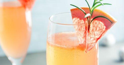 Cocktail-Rezept: Der Blood Orange Mimosa ist das Trend-Getränk 2021