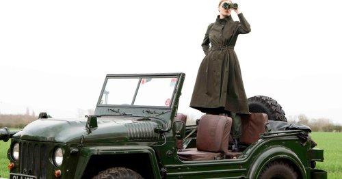 Trenchcoats in Khaki: Dieser Modetrend ist die beste Alternative zum Mantel in Beige!
