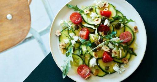 Zucchini-Salat: Dieses schnelle, einfache Rezept verlängert den Sommer!
