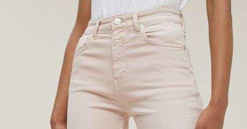 Modetrend für lange Beine: Diese Trend-Jeans kommt nicht von H&M – sondern von Edited!