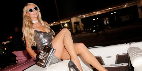 Paris Hilton Shared the True Story Behind One of Her Most Iconic Photos | Elle Canada