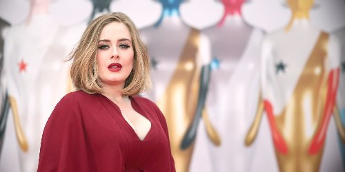 Adele Is Thirty (Three), Flirty and Thriving in Stunning New Photos Celebrating Her Birthday | Elle Canada