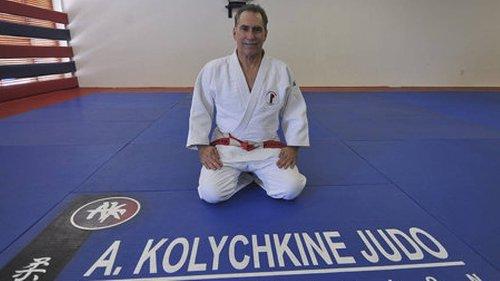 El cubano-americano Héctor Estévez será inducido al Salón de la Fama de Judo de EEUU