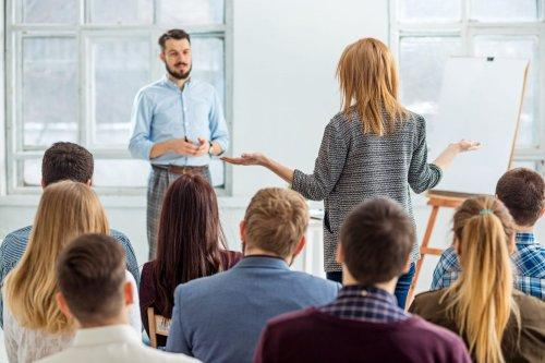 Las manos al hablar en público: 5 errores más comunes