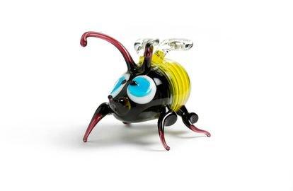 Una abeja robótica para dominarlas a todas