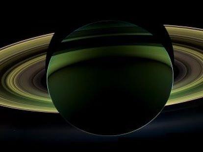 Una sonda de la NASA confirma que puede haber vida en Encélado