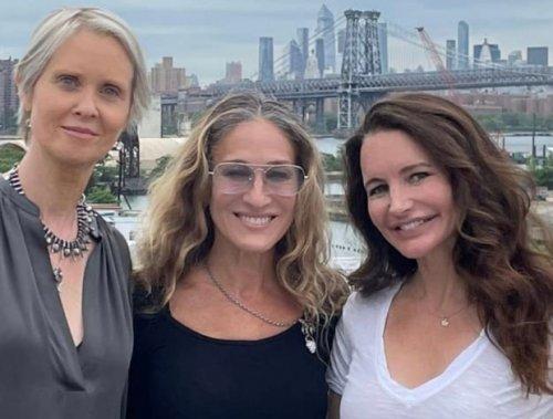 Sarah Jessica Parker comparte una foto de la reunión de 'Sexo en Nueva York' (y Twitter arregla la ausencia)