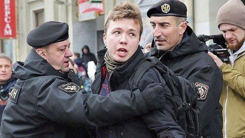 Bielorrusia pone bajo arresto domiciliario al opositor Protasevich y a su pareja, según su familia