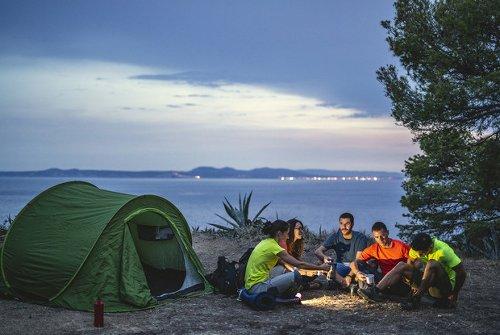 Acampa (y báñate) en los entornos más fascinantes del interior de España