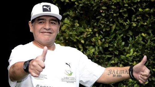 """El enfermero de Maradona asegura que le ordenaron """"no despertarlo"""""""