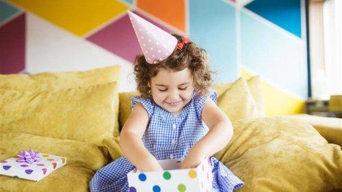 Zur Taufe, Geburtstag und Co.– was macht eigentlich ein gutes Geschenk aus?