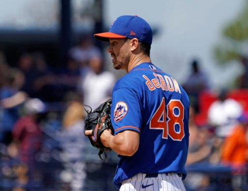 Mets' ace Jacob deGrom is reportedly not close to returning