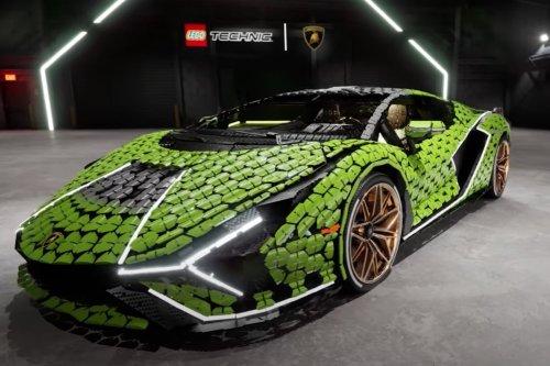 LEGO built a life-size Lamborghini Sián out of 400,000 pieces