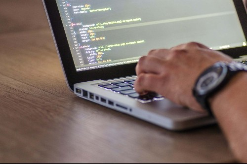 Become an Entrepreneur Who Can Code and Manage Complex Projects With the Help of This Training