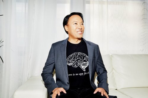 World-Renowned Brain Coach Jim Kwik Knows You're Burned Out. But He Also Knows 'Your Brain is a Supercomputer.' It's Time to Reboot.