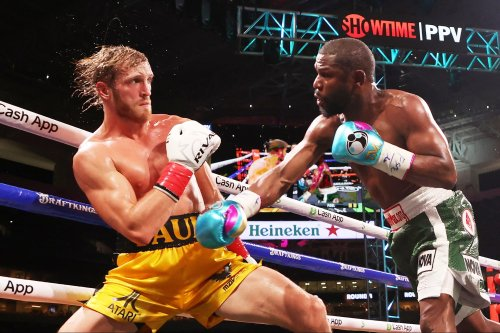 Mayweather, Paul Reportedly Took Home an Unfathomable Amount of Money After Exhibition Fight