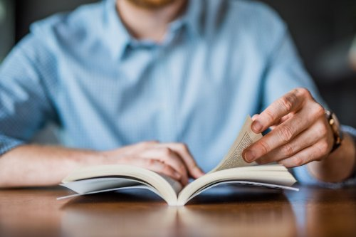 I Built a Billion-Dollar Company With the Help of These 19 Business Books