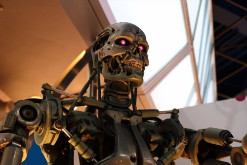 Artificial intelligence can bring Skynet to life, reality or myth?