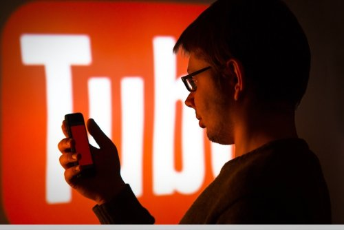 7 Ways to Use YouTube Marketing to Improve Your E-commerce Sales (Infographic)