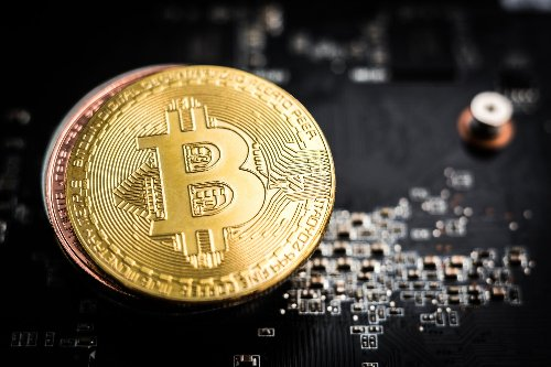 Elon Musk comments bring bitcoin down, then lift it up
