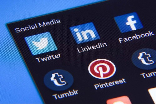 3 Reasons Why Social Media Has Become Too Good To Ignore For All Professions