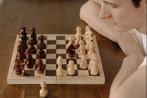 Loved 'The Queen's Gambit'? You Can Learn Chess Online With These Training Courses.