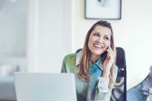 How to Start a Consulting Business: 3 Steps to Getting Your First Client
