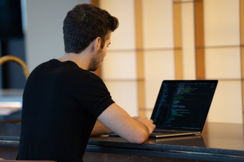 Thinking About Learning to Code? These Courses Can Help You Grow in 2021.
