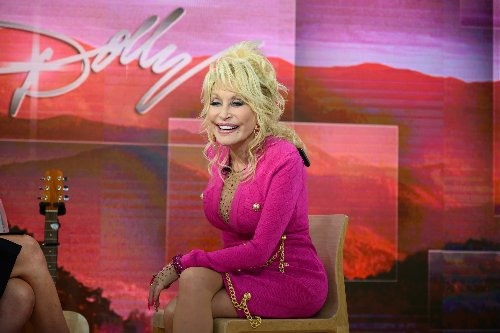 At Dollywood, Dolly Parton Celebrates Businesses Reopening in Tennessee, Honors Parents with Floral Statue