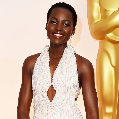 Sequins, Capes, Beading and a Bow: Revisiting the Best Oscars Looks of All Time