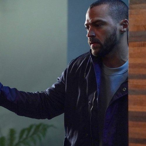 Jesse Williams Shares His Surprising Reaction to His Final Grey's Anatomy Episode