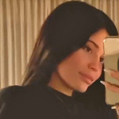 """Pregnant Kylie Jenner Notes She's """"Really Popped"""" as She Shares New Baby Bump Photo"""