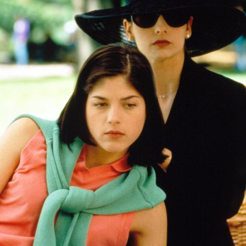 Here's What Selma Blair Did With Her Sarah Michelle Gellar Cardboard Cut-Out