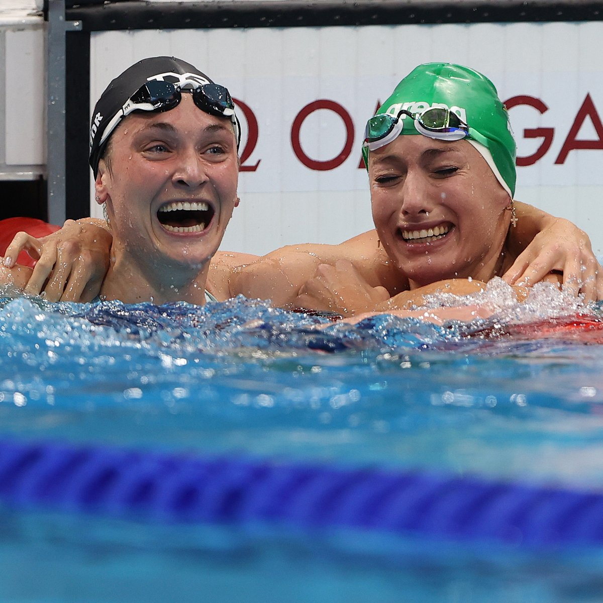 The Story Behind Olympic Swimmer Annie Lazor's Bronze Medal Will Break Your Heart