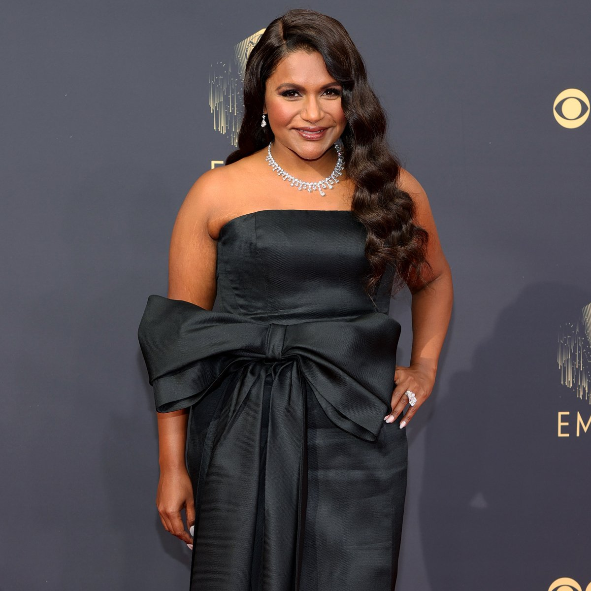 Mindy Kaling Puts a Bow on Her Incredible Year With Fanciful Look at The 2021 Emmys