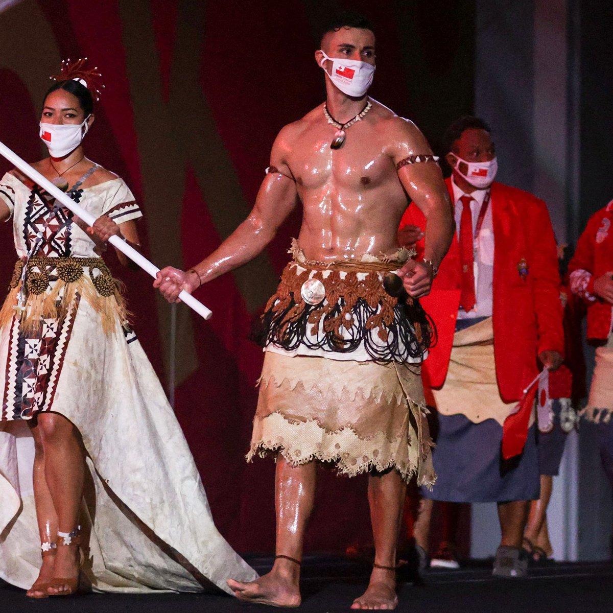 "Behold, Tongan Flag Bearer Pita Taufatofua's ""Top Secret"" to His Oily Skin"